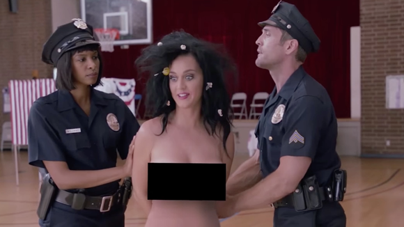 Mujeres Música Katy Perry Cabello Azul Desgaste Cantantes: Mira El Video Donde Katy Perry Vota Desnuda